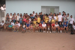 Team_with_Orphanage_Children_(2)