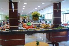 Lunch_buffet_at_Oscar_Inn